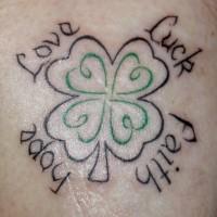 immagini-foto-tatuaggi-quadrifoglio