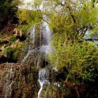 immagini-paesaggi-sfondi-piccola-cascata