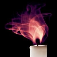 immagini-sfondi-ipad-fiamme-viola